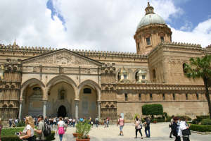 Monreale en Palermo (noord Sicilie)